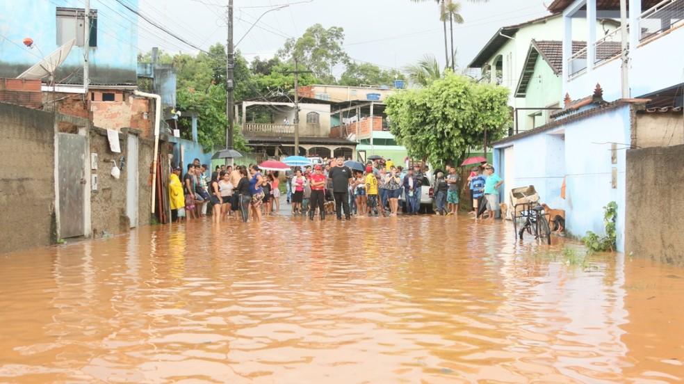 Após inundação do Rio Piracicaba 98 pessoas estão desalojadas — Foto: Prefeitura de Timóteo