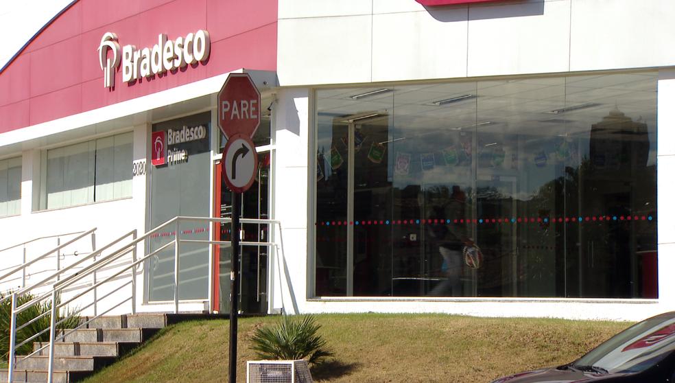 -  Banco Bradesco na Avenida Rondon Pacheco em Uberlândia  Foto: Reprodução/TV Integração