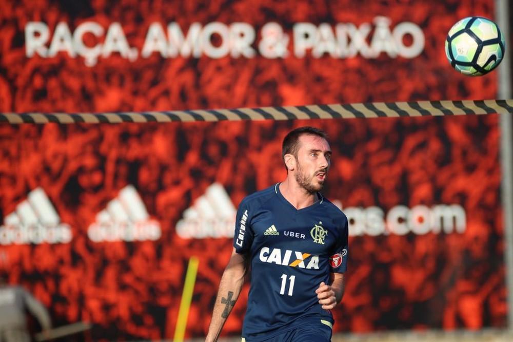 Pouco aproveitado no Flamengo, Mancuello está próximo de reforçar Cruzeiro
