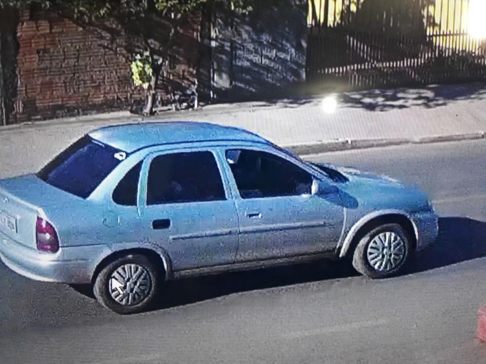 Câmeras de segurança flagraram veículo usado por suspeitos que mataram 2 pessoas em Poconé (Foto: Divulgação)
