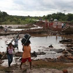Desabrigados em Buriti dos Lopes