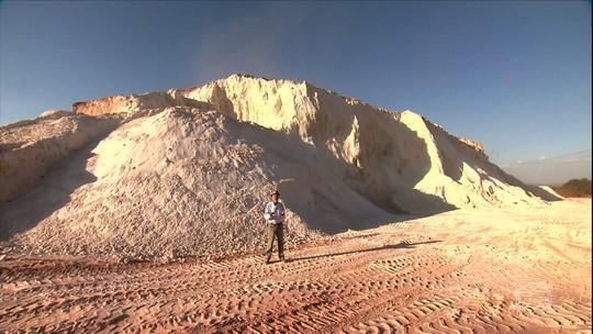 Agrônomo 'fabrica' água em MG ao controlar voçoroca e cuidar do solo