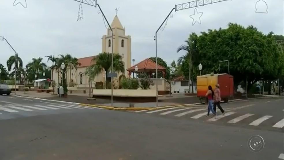 Por mais de 20 anos, Borá manteve o título de menor cidade do país; em 2013, Serra da Saudade (MG) assumiu o posto — Foto: Reprodução/TV TEM