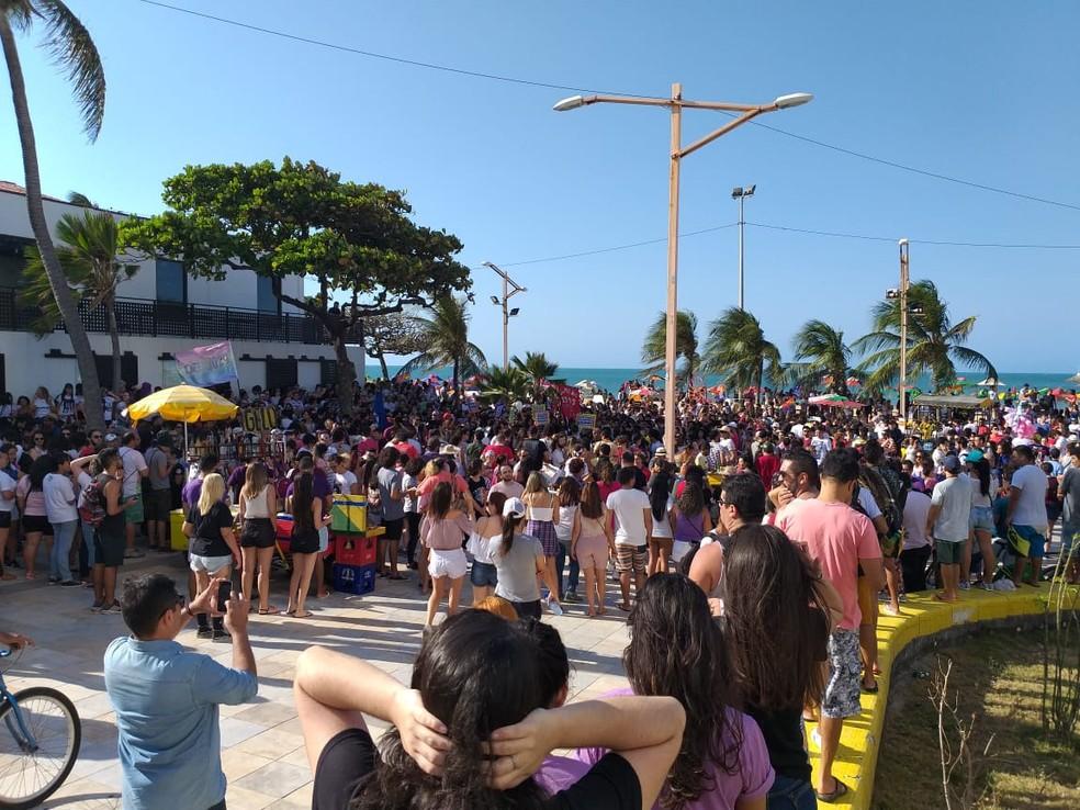 Manifestantes contra o candidato Jair Bolsonaro em Fortaleza (CE) — Foto: Kilvia Muniz / Sistema Verdes Mares