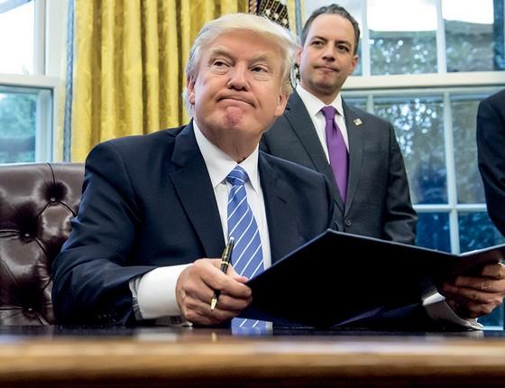 Trump e Priebus: ninguém esperava a vitória do candidato (Foto: Saul Loeb/Afp)