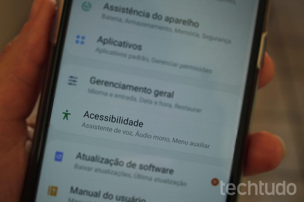 Veja seis recursos do pacote de acessibilidade úteis para o manuseio do celular — Foto: Marcela Franco/TechTudo