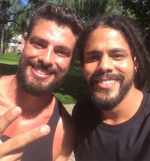 Cauã Reymond e o ex-BBB Viegas (Foto: Reprodução/Instagram)