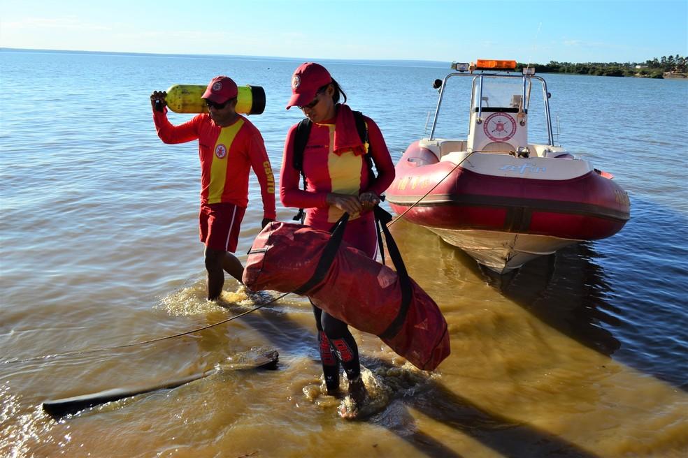 Bombeiros fazem buscas por turista desaparecido em Araguacema — Foto: Divulgação/Corpo de Bombeiros