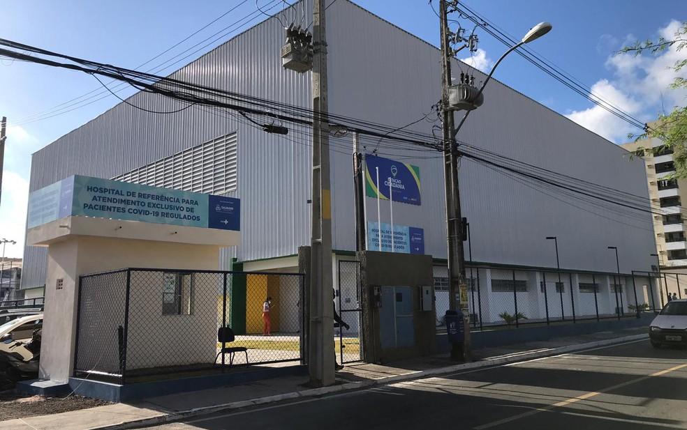 Hospital de campanha de Itapuã — Foto: Juliana Cavalcante/TV Bahia