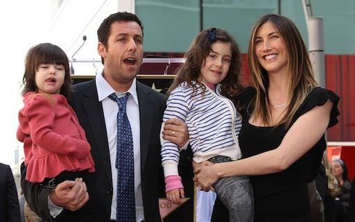 Adam Sandler revela que filhas não gostam de seus filmes ...