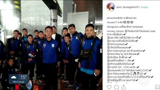 Meninos tailandeses presos em caverna chegam à Argentina para cerimônia dos Jogos da Juventude