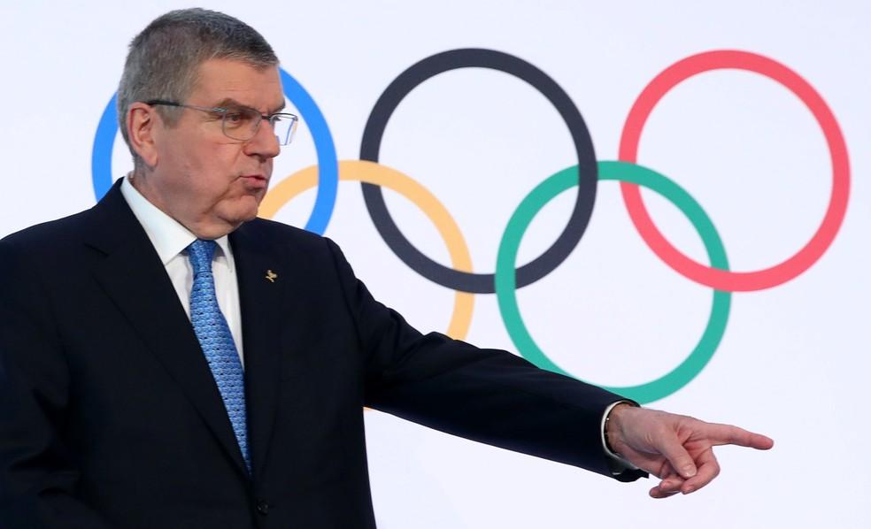 Presidente do COI fez de tudo para manter os Jogos — Foto: Denis Balibouse/Reuters