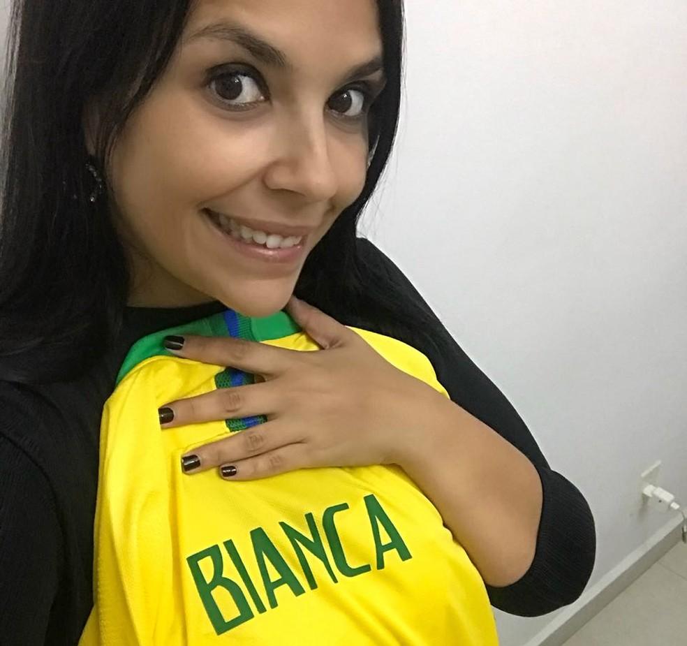 Bianca Geocze usou as redes sociais e grupos de WhatsApp para conhecer outras mulheres que vão para a Rússia. (Foto: Arquivo Pessoal / Bianca Geocze)