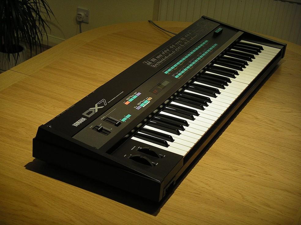 Sintetizador Yamaha DX7 — Foto: Steve Sims/Wikimedia Commons