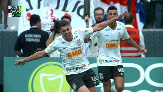 Danilo Avelar se elege melhor lateral do Paulista e vê economia do Corinthians sem Arana
