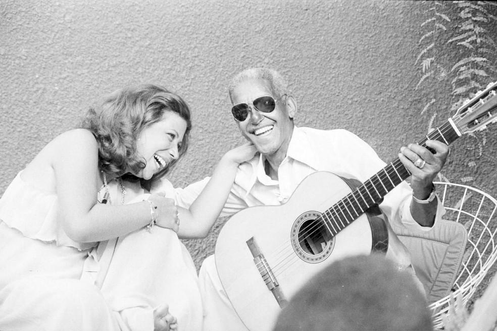 Beth Carvalho e Cartola,  em 'Brasil 78' — Foto: Acervo TV Globo