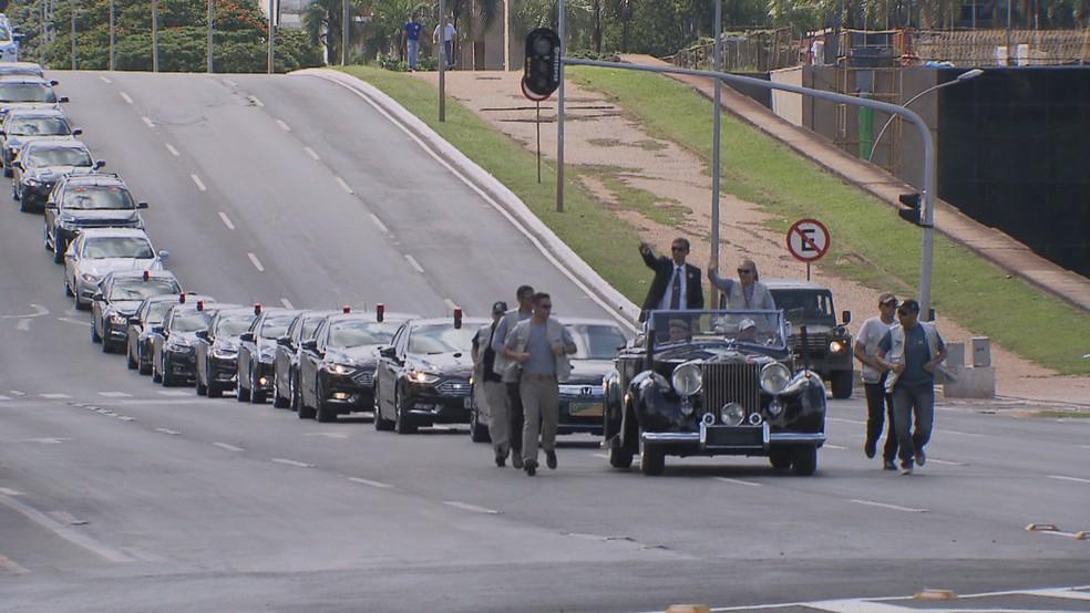Ensaio para a posse de Jair Bolsonaro (PSL), na Esplanada dos Ministério — Foto: TV Globo/Reprodução