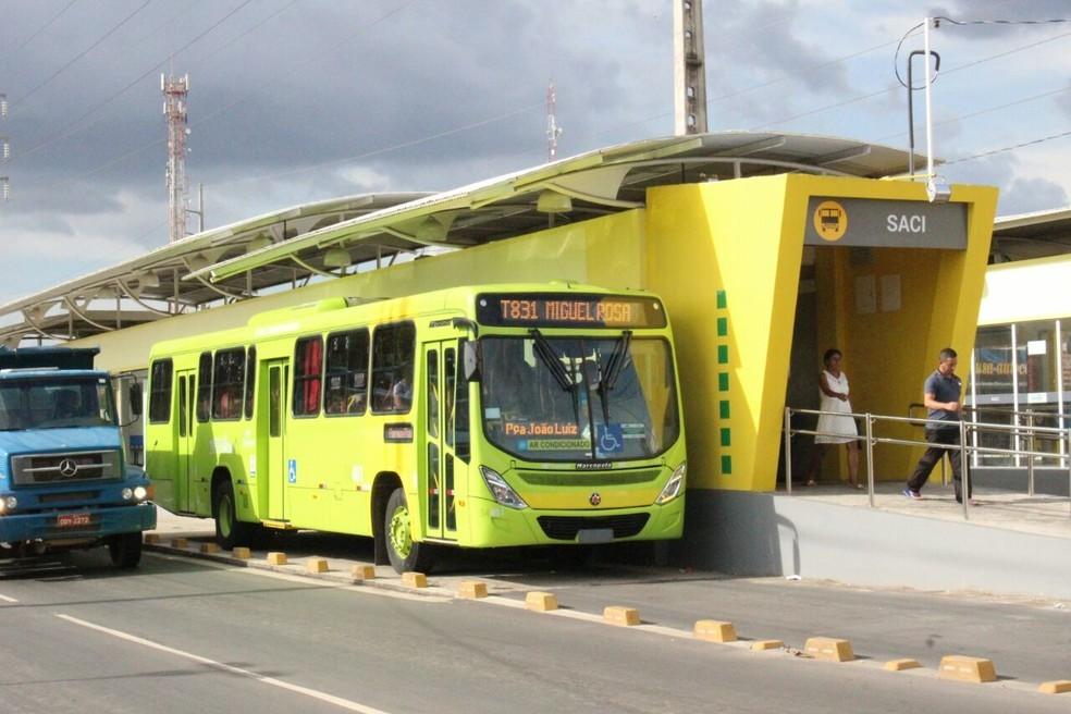 Usuários reclamam da lotação e temem riscos de contágio no transporte público de Teresina