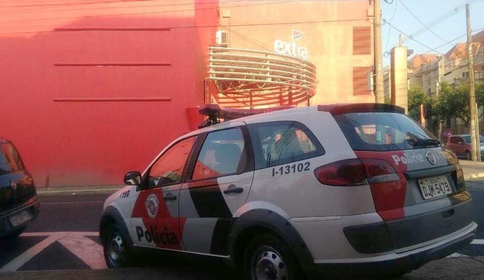 Hipermercado Extra de Araraquara foi invadido na madrugada (Foto: A Cidade On/Araraquara)