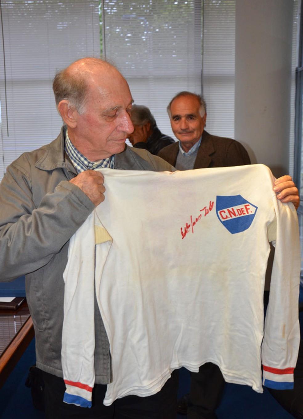 Célio Taveira brilhou com a camisa do Nacional-URU — Foto: Divulgação / Nacional-URU