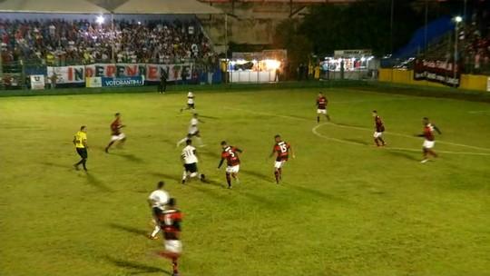 Com gol em cada tempo, Flamengo bate São Paulo e é finalista no sub-15