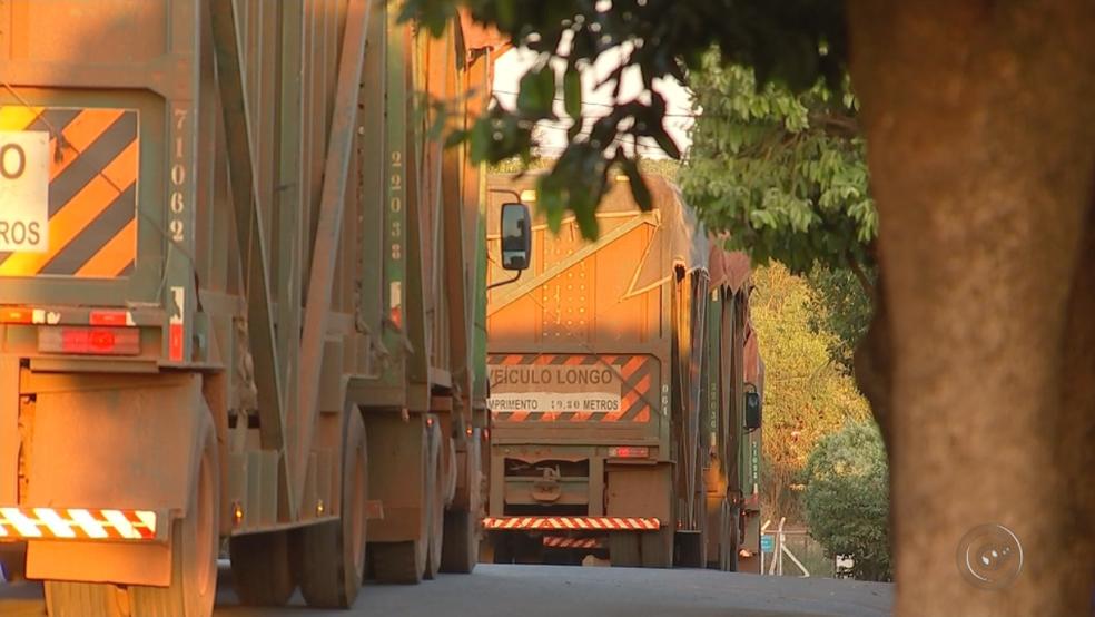 Motoristas de caminhões também deverão passar por exame toxicológico (Foto: Reprodução/TV TEM)