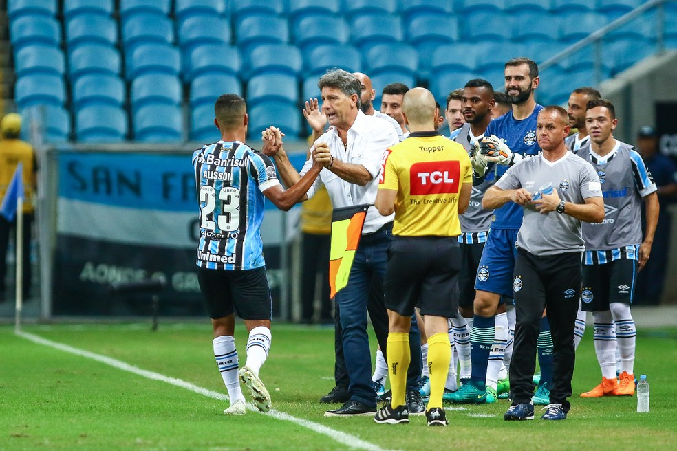 Alisson deve ser o substituto de Ramiro no clássico de sábado (Foto: Lucas Uebel / Grêmio, DVG)