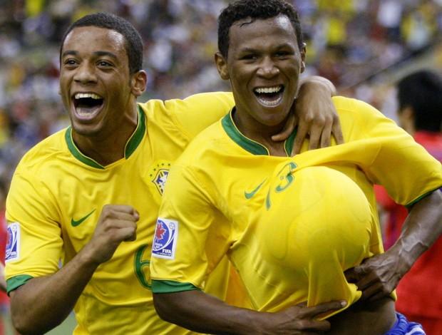 Amaral brasil gol coreia do sul mundia sub-20 3 de julho de 2007 (Foto: Agência Reuters)