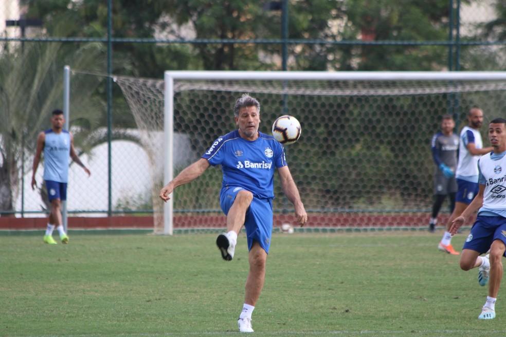 Renato Gaúcho deve mudar time do Grêmio — Foto: Eduardo Moura