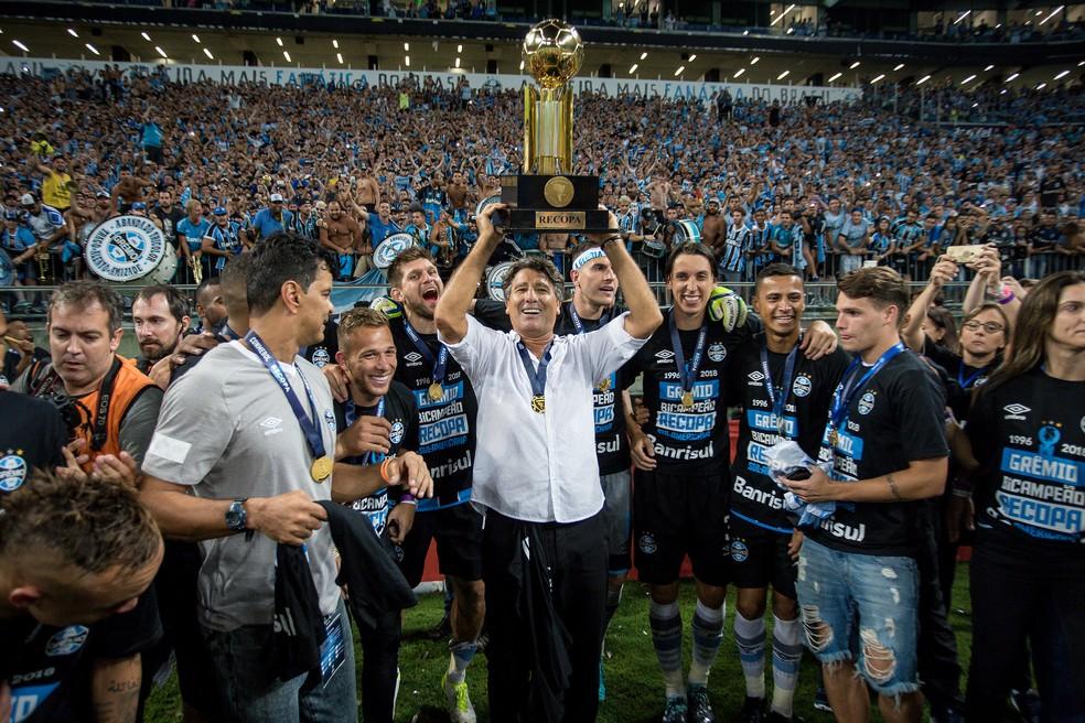 Renato Gaúcho está no Grêmio desde setembro de 2016 e já foi campeão cinco vezes — Foto: Lucas Uebel / Grêmio, DVG