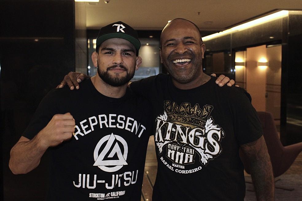 Kelvin Gastelum bateu na trave em 2019 ao perder disputa de título interino do UFC contra Israel Adesanya — Foto: Adriano Albuquerque