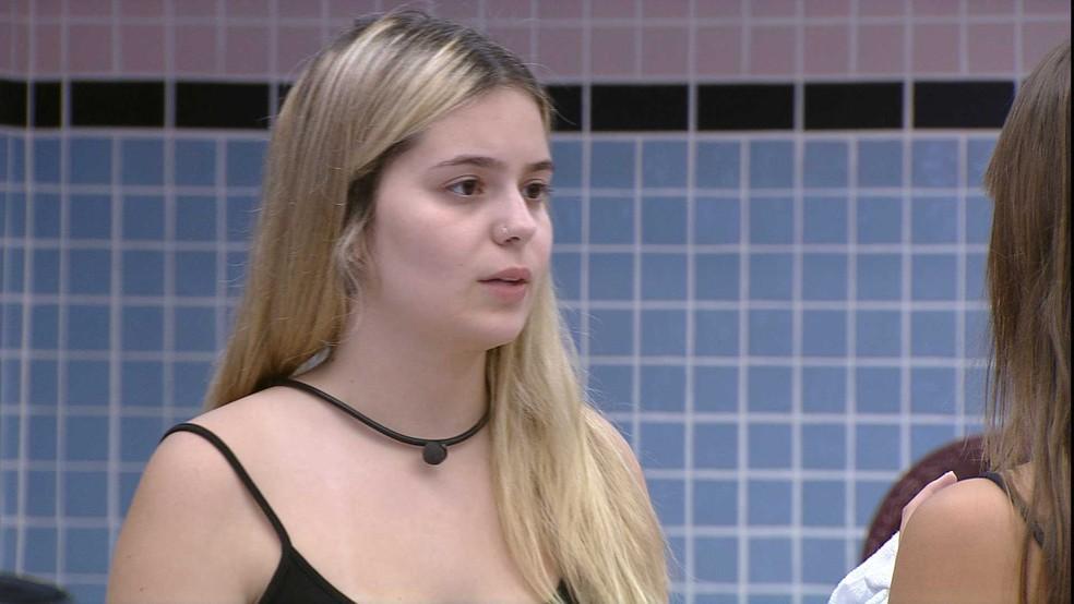 Viih Tube revela à Thaís comentário de brother e sister reage: 'Esse povo não me engana'   — Foto: Globo