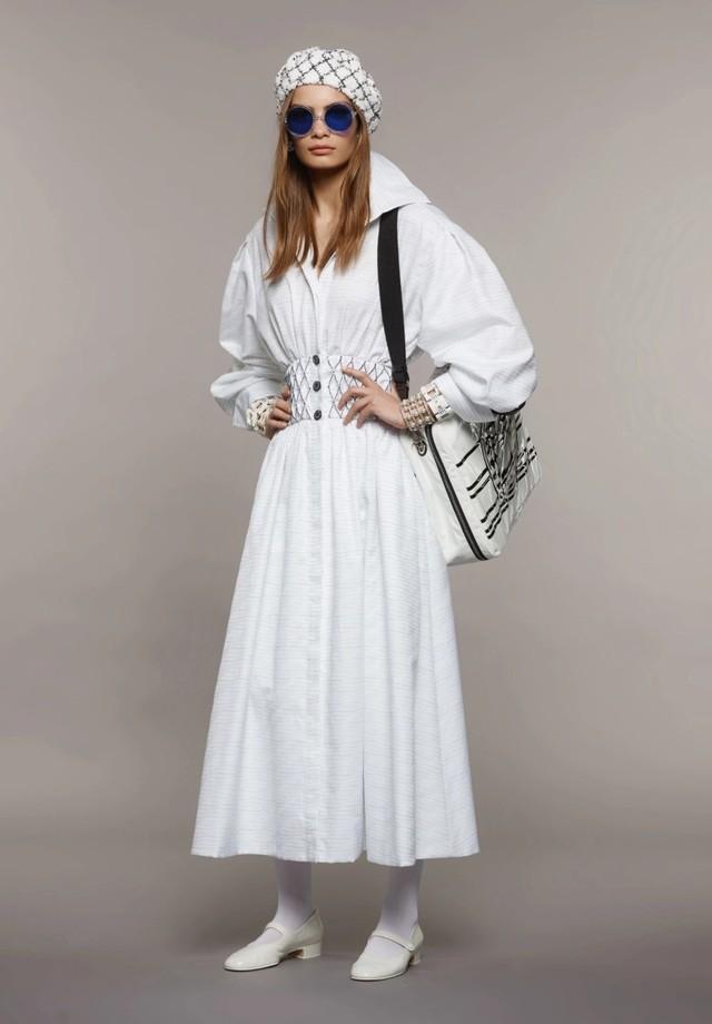 Meia-calça branca da Chanel (Foto: Divulgação)