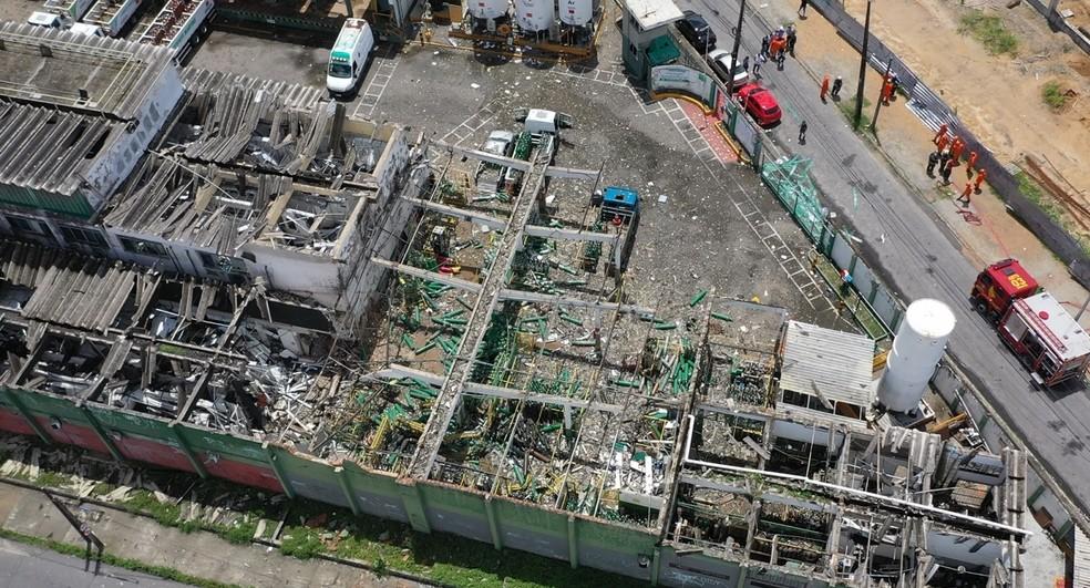 Fábrica de oxigênio sofre explosão em Fortaleza neste sábado. — Foto: Jarbas Oliveiras