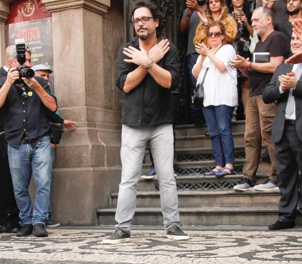 Lucio Mauro Filho agradece carinho (Foto: Marcos Ferreira/ Brazil News)