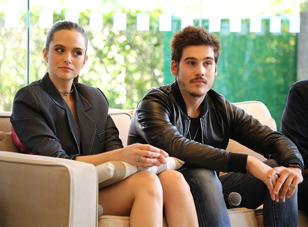 Juliana Paiva e Nicolas Prattes (Foto: Deividi Correa / AgNews)