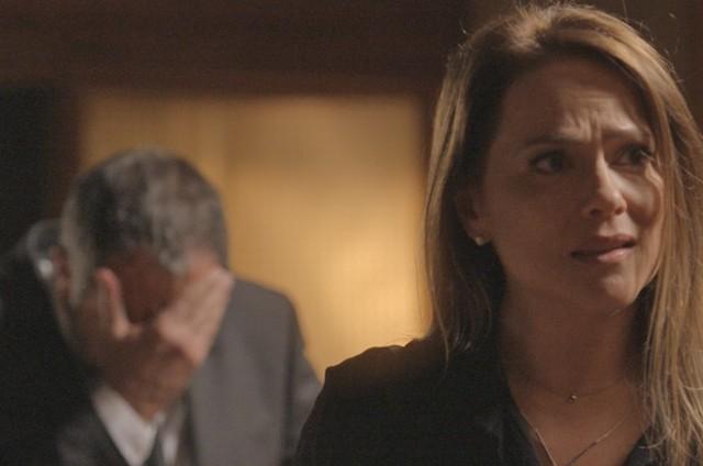 Vivianne Pasmanter e Humberto Martins em cena como Lili e Germano em 'Totalmente demais' (Foto: TV Globo)
