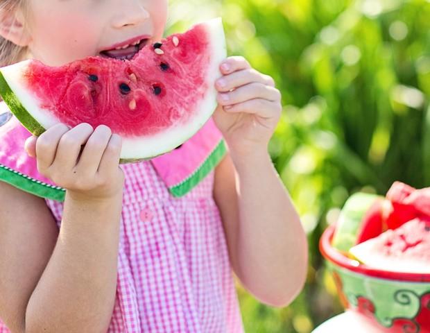 Até mesmo as frutas devem ser consumidas com moderação (Foto: Pexels)