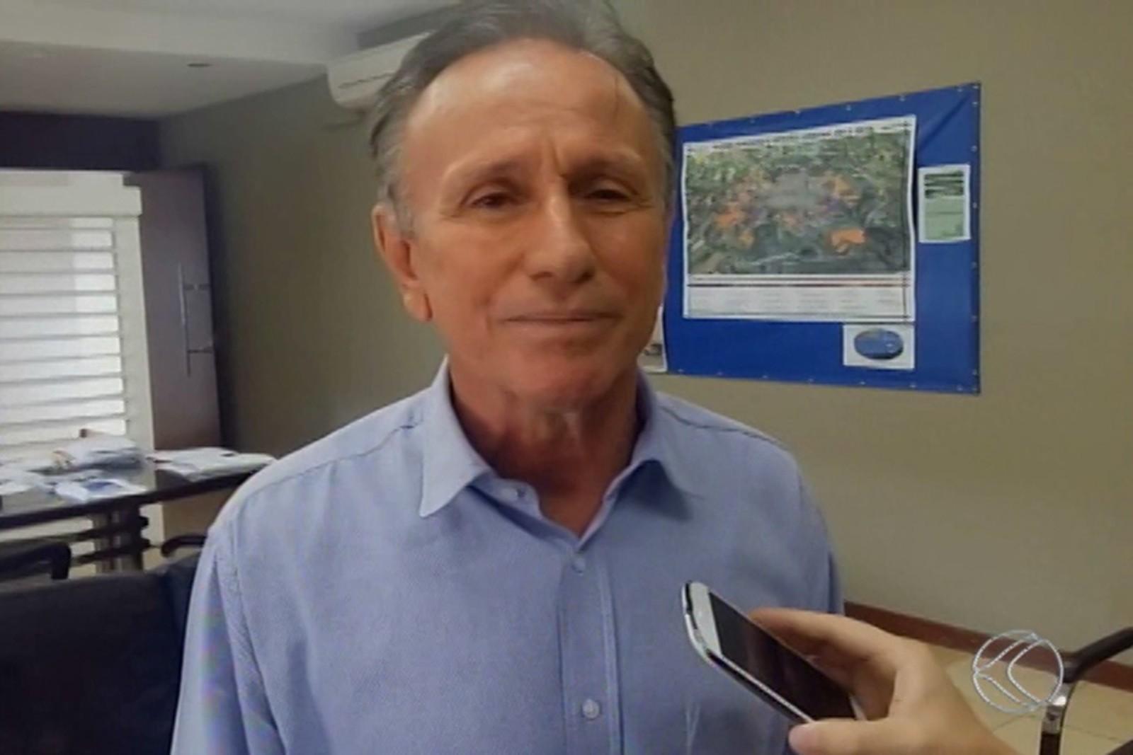 Coronavírus: prefeito de Uberaba anuncia reabertura do comércio, mas com restrições