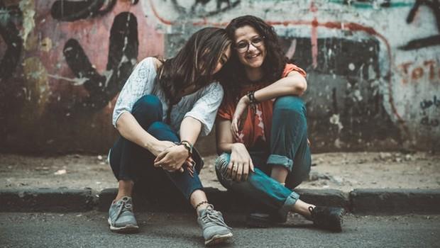 amizade, felicidade (Foto: Pexels)