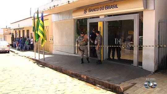Gerente de banco e família são feitos reféns durante assalto em Itaguaru