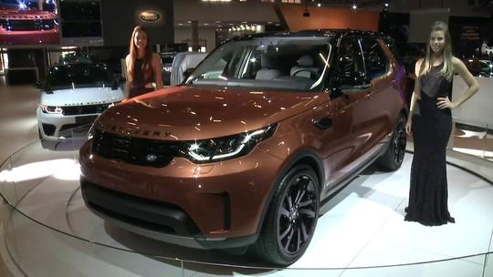 Novo Discovery pega 'atalho' para o Brasil; Jaguar traz carro mais veloz