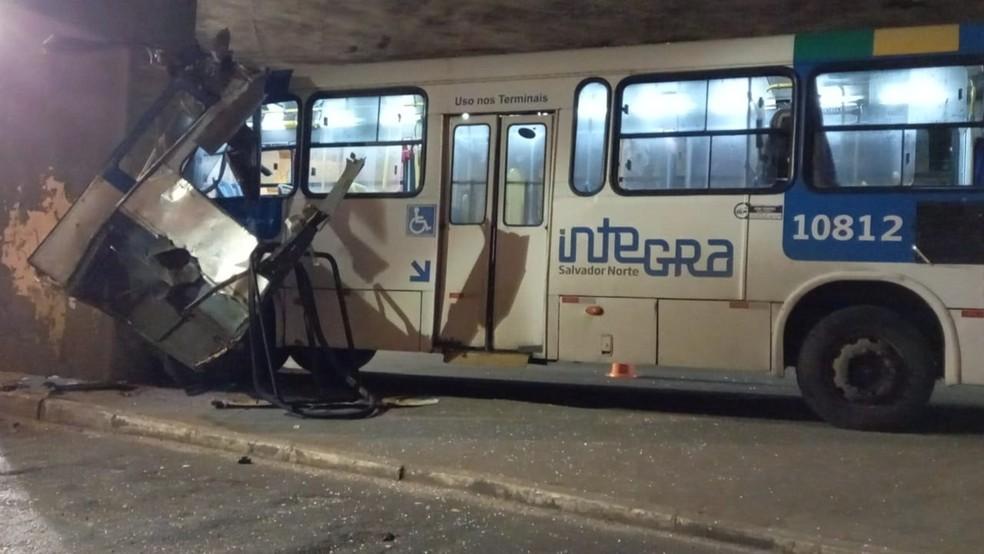 Acidente na Estação da Lapa, em Salvador — Foto: Divulgação/Transalvador