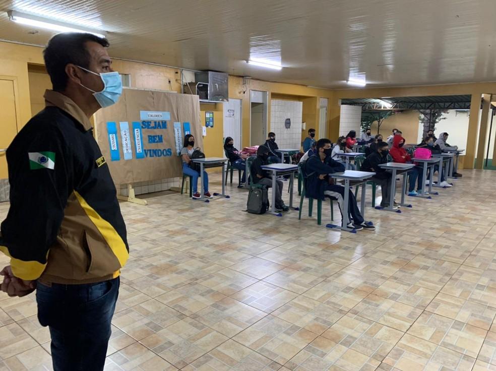Foz do Iguaçu retomou as atividades em nove escolas estaduais — Foto: Marcos Landim/RPC