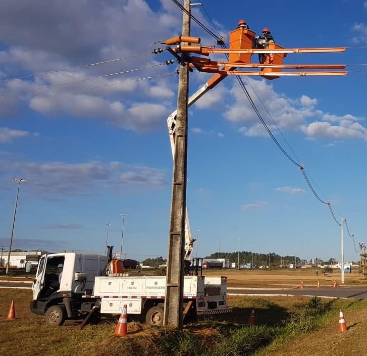 Trechos de seis municípios de RO terão desligamentos de energia para manutenção - Notícias - Plantão Diário