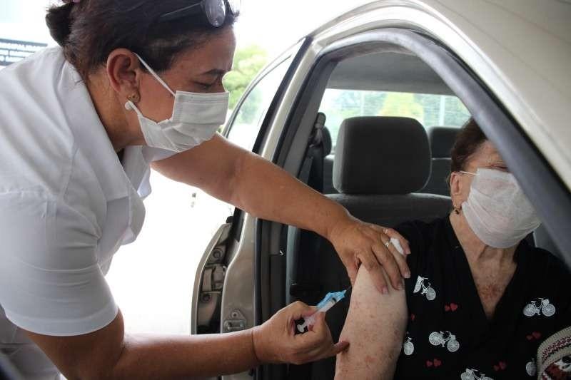Covid-19: Veja esquema de vacinação em cidades do interior do estado nesta quarta-feira