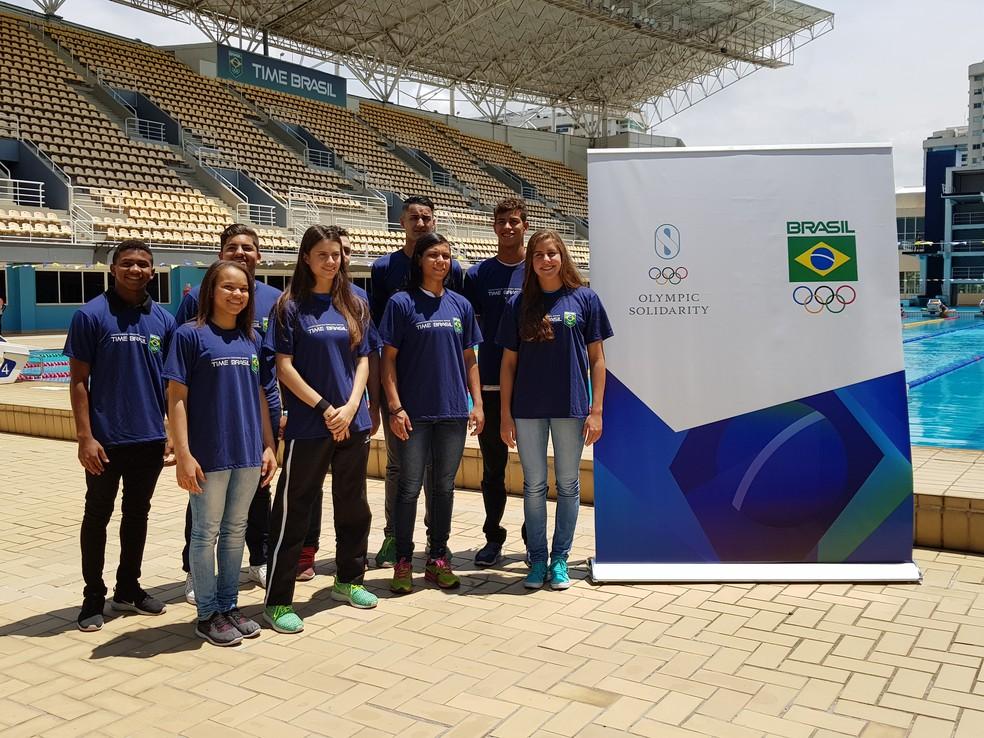 Nove dos 12 atletas selecionados estiveram na apresentação da turma (Foto: Helena Rebello)