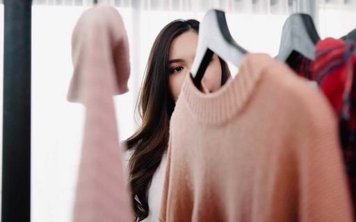 Como organizar o guarda-roupa para a chegada do inverno