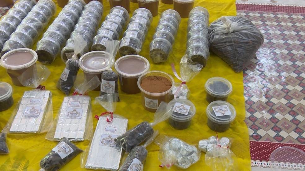 Família de Texeirópolis investe na fabricação de chocolate em Rondônia.  (Foto: Gedeon Miranda/ G1)