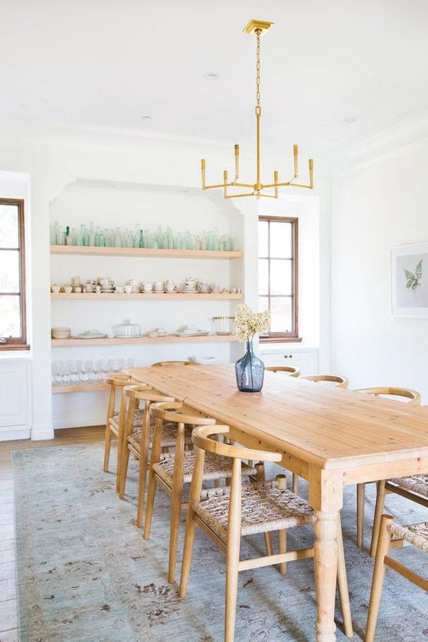 Décor do dia: Sala de jantar com cores suaves (Foto: T. NEUSTADT/DIVULGAÇÃO)